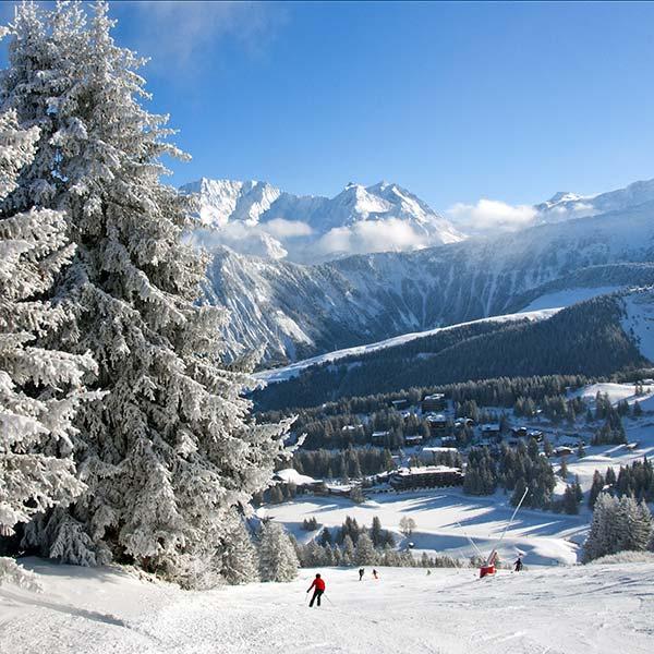 La Tania snowboard resort slope view